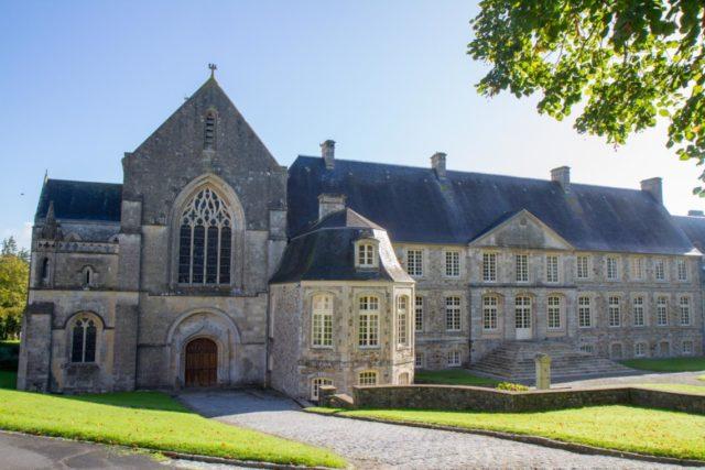Die Abtei St-Sauveur-le-Vicomte hatte Maria Magdalena Postel aufgebaut. Sie ist bis heute Mutterhaus der französischen Ordenskongregation. Foto: SMMP/Ulrich Bock